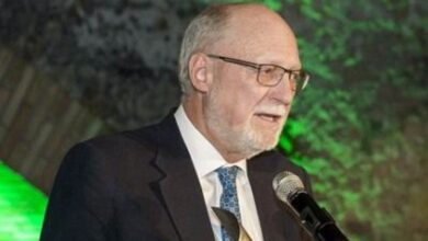 Photo of WOO Executive Director John Ellery announces retirement